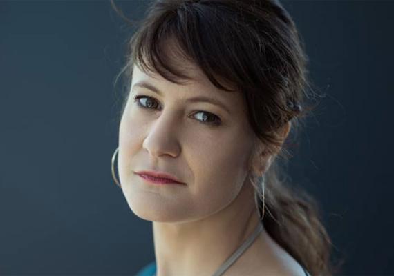 Anja Kofmel • Directora