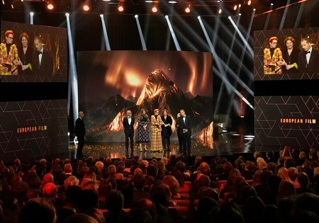 The Favourite conquers hearts at a politically engaged European Film Awards ceremony